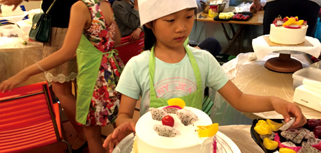 宜昌市90后夫妻加盟迪乐尼婴幼儿游泳 迪乐尼婴幼儿游泳人们的好乐园
