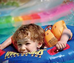 无业者投资迪乐尼室内儿童乐园 迪乐尼婴幼儿游泳优秀的儿童乐园